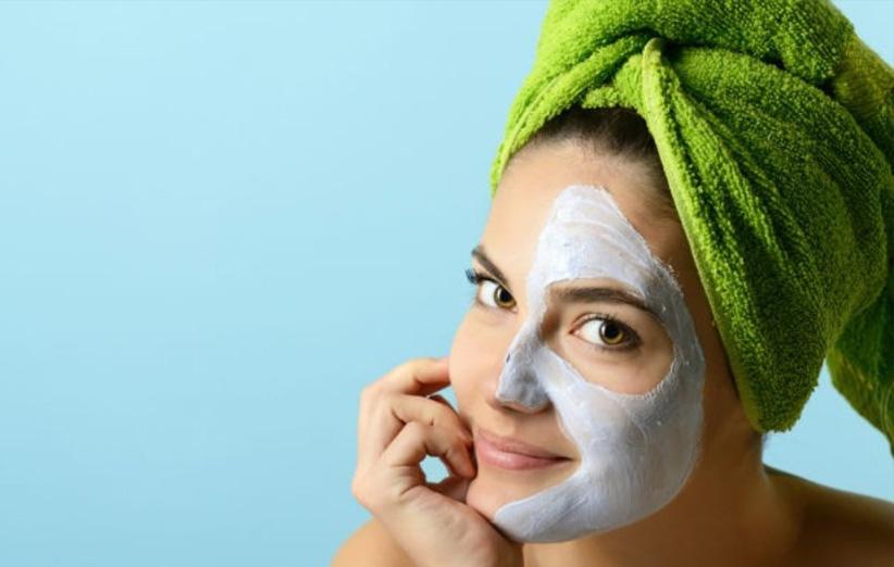 بهترین روش های پاکسازی پوست در خانه