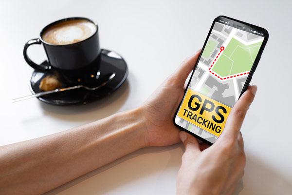 نحوه ردیابی گوشی موبایل، گوشی موبایل به جای ردیاب خودرو